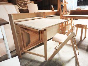 折り畳みデスク・椅子(サイムウッド社)
