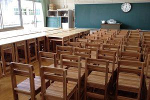 「福岡県産材プロジェクト」でパネル展示する熊本復興支援の寄贈品