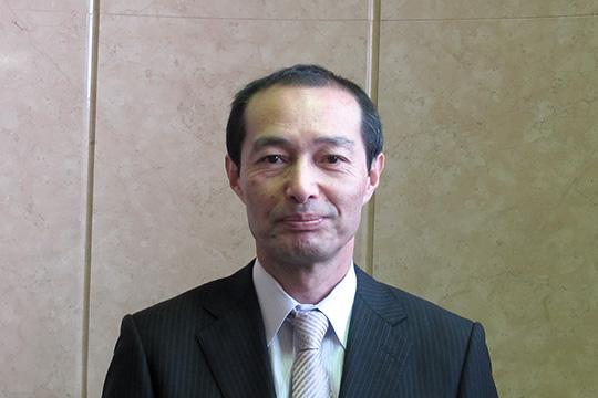 村内健一郎 氏