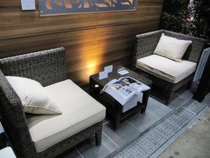 「タリナ」シリーズのソファとコーヒーテーブル